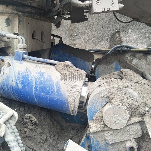 中铁掘进机铲板升降缸